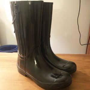 Brand new! Never worn Sperry rain boots!